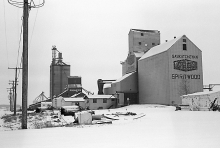 Image of wooden grain elevators at Spiritwood, Saskatchewan