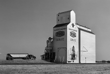 Image of wooden grain elevator at Gorlitz, Saskatchewan